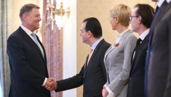 Concluziile întâlnirii de la Vila Lac 3: Orban a anunţat că Iohannis le-a cerut liberalilor mobilizare şi seriozitate în campania pentru prezidenţiale